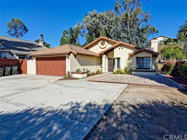 1540 Oak Hill Drive, Escondido, CA 92027