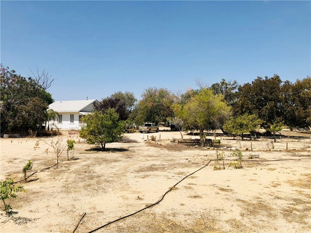 25669 S Lake Road, Taft, CA 93268