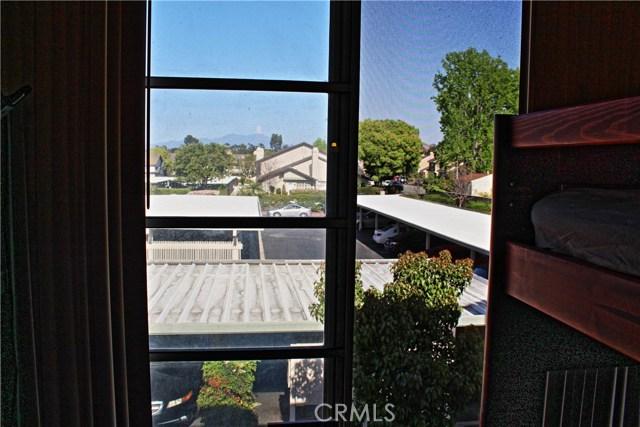 48 Exeter, Irvine, CA 92612 Photo 8