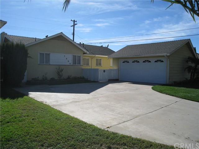 1354 W Oak Avenue, Fullerton, CA 92833