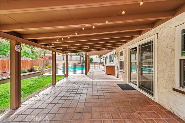 27. 262 W 59th Street San Bernardino, CA 92407