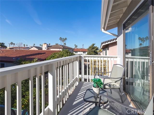 9. 905 Hillcrest Street El Segundo, CA 90245