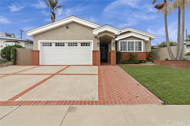 735 Catalina Avenue, Seal Beach, CA 90740
