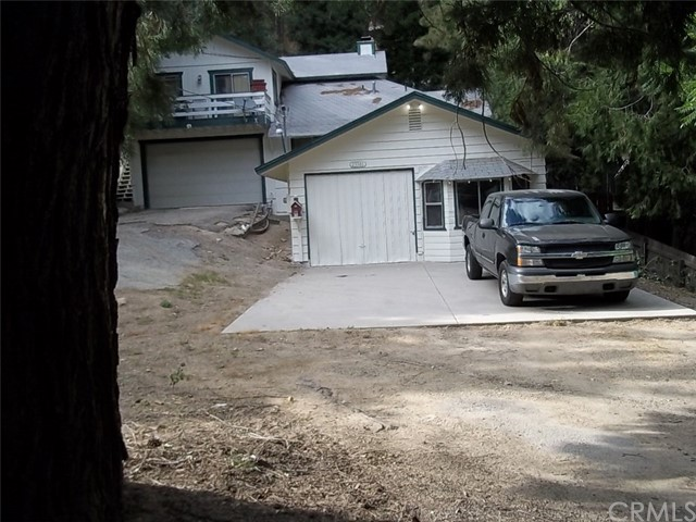 23746 Hillside Drive, Crestline, CA 92325