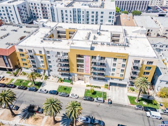 44. 2939 Leeward Avenue #507 Los Angeles, CA 90005