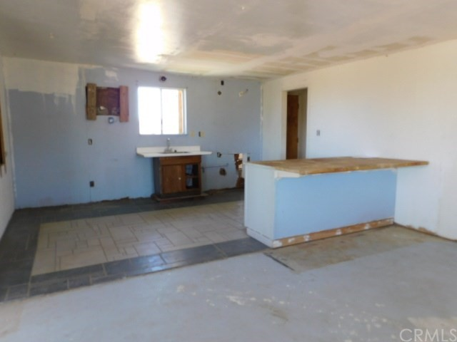 32425 Emerald Rd, Lucerne Valley, CA 92356 Photo 8