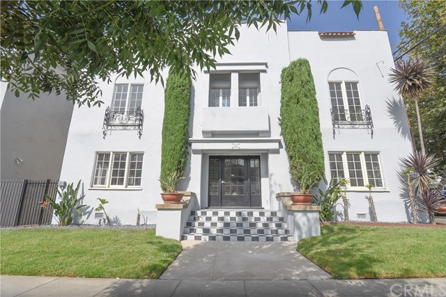 121 S Elm Drive 10, Beverly Hills, CA 90212