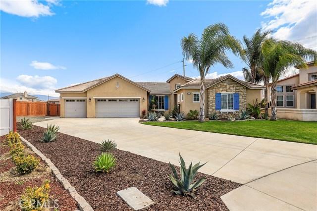 141 Bay Circle, San Jacinto, CA 92582