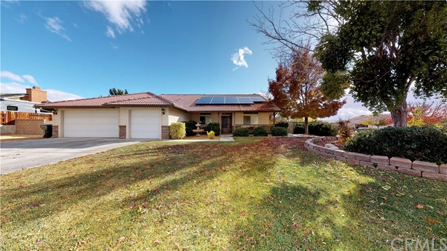 19017 Ottawa Road, Apple Valley, CA 92308