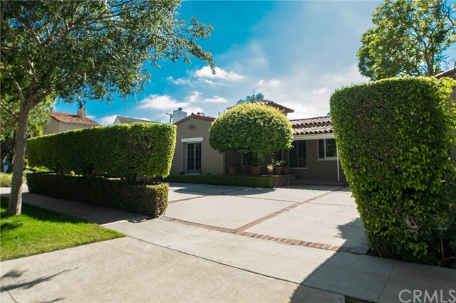 329 S Almont Drive, Beverly Hills, CA 90211