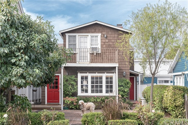 207 Crystal Avenue | Balboa Island - Little Island (BALL) | Newport Beach CA