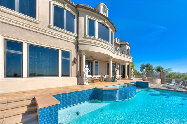 208 N Terrace View Drive Monrovia, CA 91016