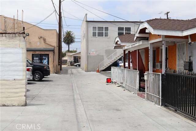 Image 4 of 2031 E Spaulding Way, Long Beach, CA 90804