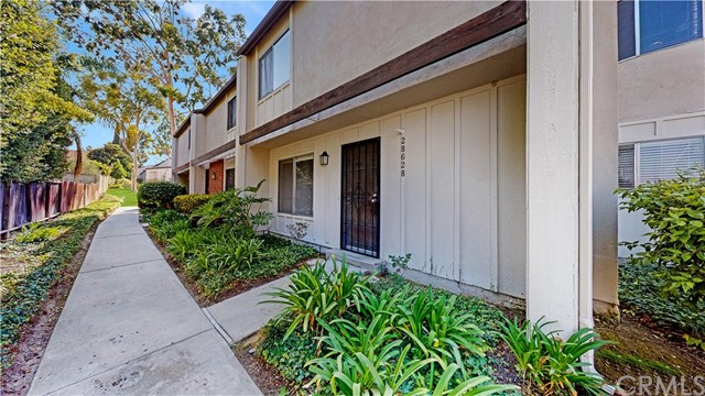 28628 Friarstone Court, Rancho Palos Verdes, California 90275, 3 Bedrooms Bedrooms, ,2 BathroomsBathrooms,For Sale,Friarstone,PV20223781