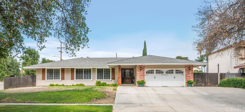 Photo of 433 W Aster Street, Upland, CA 91786