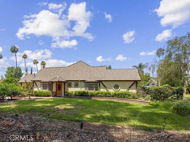 9983 Victoria Avenue, Riverside, CA 92503