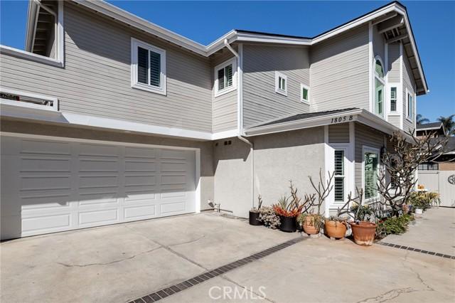 1805 Clark Lane B, Redondo Beach, California 90278, 3 Bedrooms Bedrooms, ,2 BathroomsBathrooms,For Sale,Clark,SB21014958