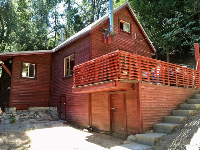 Photo of 25626 Mid Lane, Twin Peaks, CA 92391