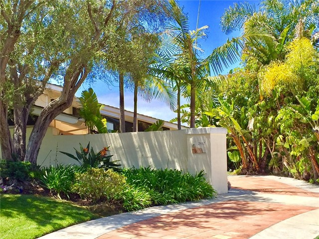 2937 Via Pacheco, Palos Verdes Estates, California 90274, 5 Bedrooms Bedrooms, ,3 BathroomsBathrooms,For Sale,Via Pacheco,PV17102797