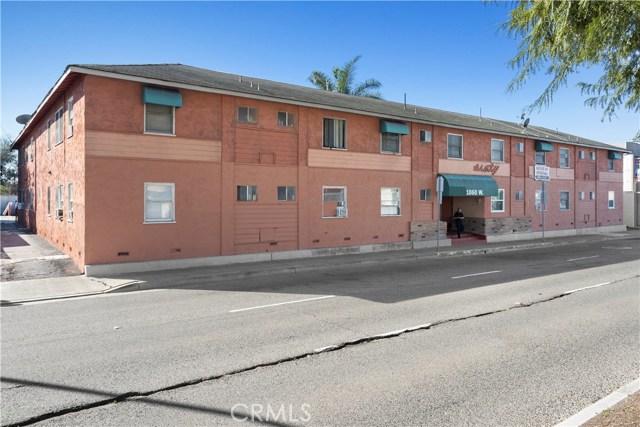 1060 W 17th Street, Santa Ana, CA 92706