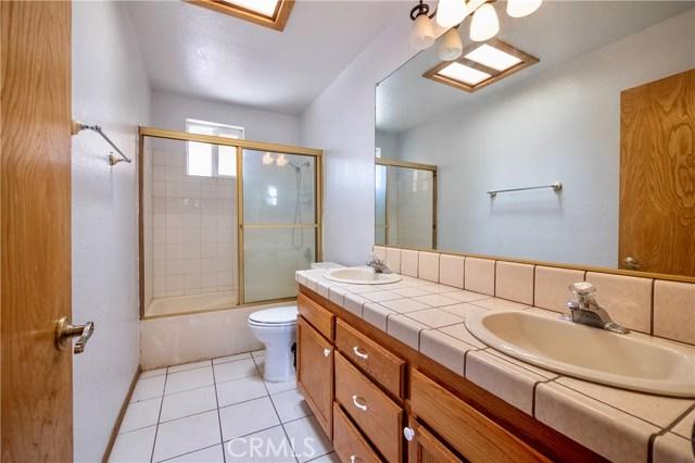 12734 Mesquite St, Oak Hills, CA 92344 Photo 13