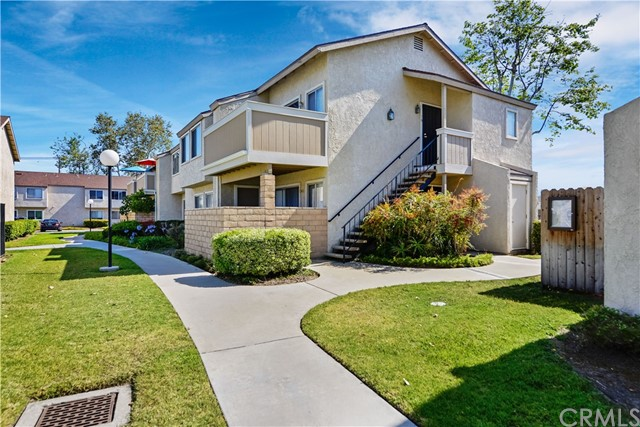 8541 La Salle Street 15, Cypress, CA 90630