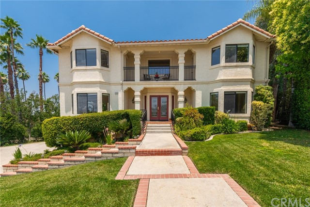 880 W Sunset Drive, Redlands, CA 92373