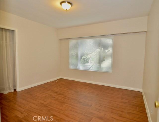 Image 6 of 1621 S Pomona Ave #D22, Fullerton, CA 92832