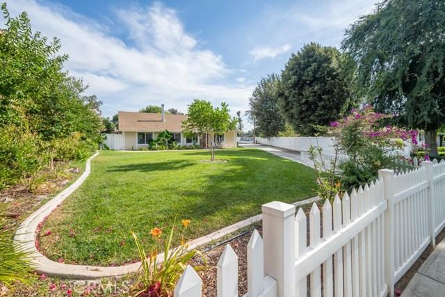 4724 El Molino Avenue, Riverside, CA 92504
