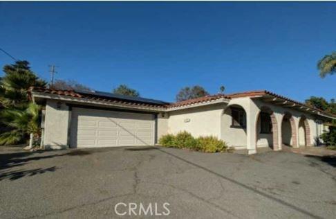 244 Avalon Drive, Vista, CA 92084