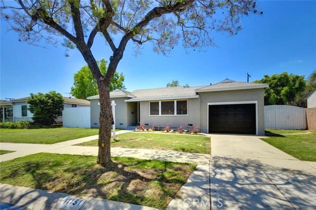 11151 Saratoga Drive, Los Alamitos, CA 90720