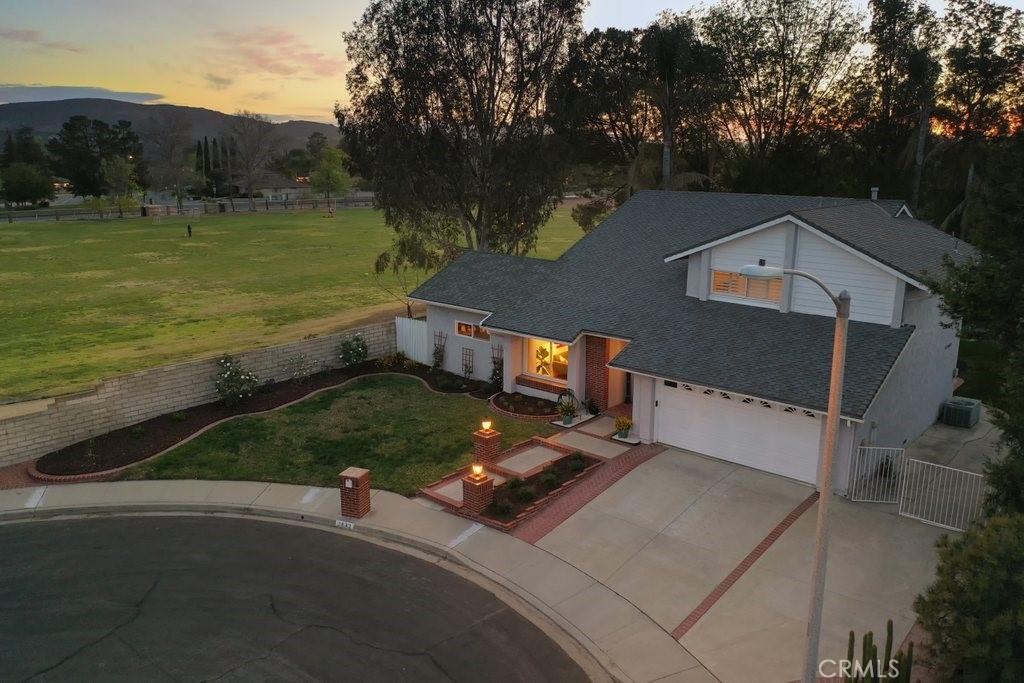 2843     Calendula Court, Thousand Oaks CA 91360