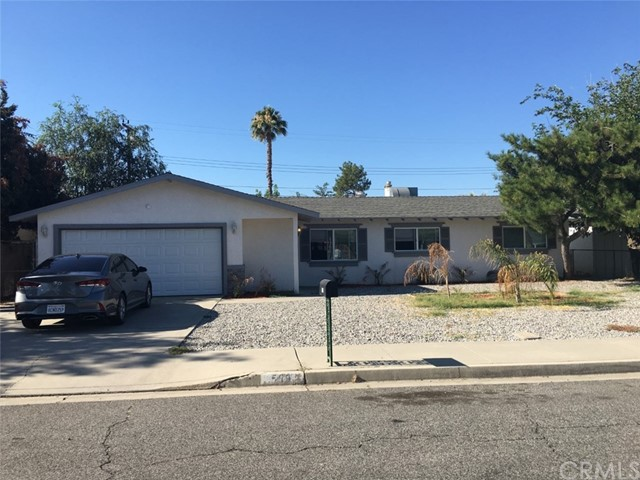 599 E Wright Street, Hemet, CA 92543