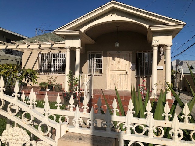 726 Orizaba Avenue, Long Beach, CA 90804