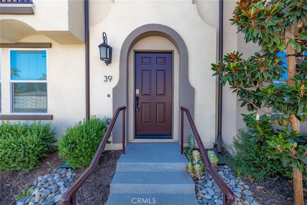 120   S Pacific Avenue   39, Santa Ana CA 92703