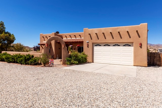 52625 Contour Terrace, Pioneertown, CA 92268