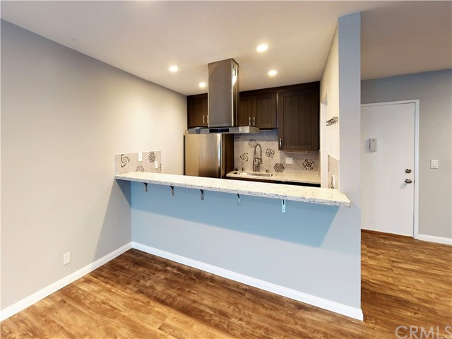 2411 Prospect Avenue 126, Hermosa Beach, California 90254, 2 Bedrooms Bedrooms, ,1 BathroomBathrooms,For Sale,Prospect,SB21014634