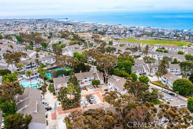 30. 18 Robon Court Newport Beach, CA 92663