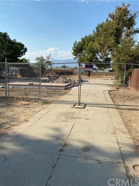 1739 W 9th Street, Upland, CA 91786