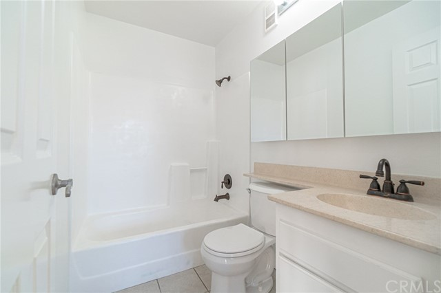 1145 Roswell Avenue #14