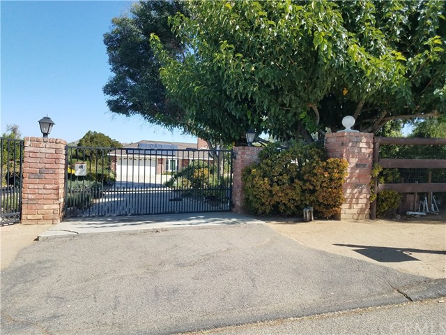 18250 HARLEY JOHN ROAD, RIVERSIDE, CA 92504  Photo