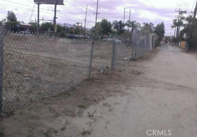 1741 N MOUNT VERNON Avenue, Colton, CA 92324