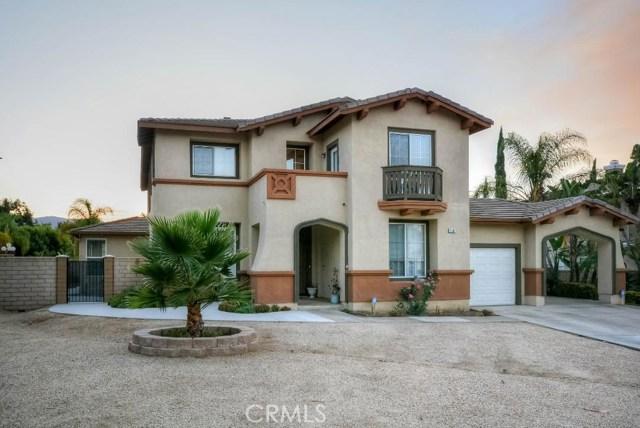 2880 Keystone Circle, Corona, CA 92882