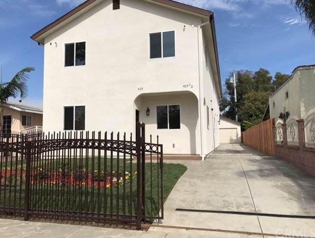 419 W 105th Street, Los Angeles, CA 90003