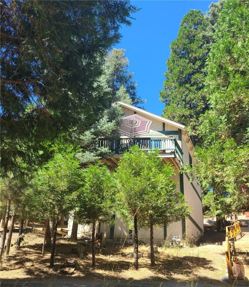 1180 Scenic Way, Rimforest, CA 92378