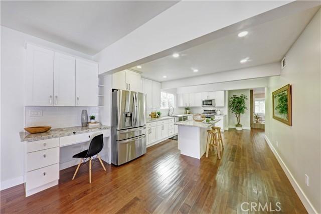 18. 1865 Ashbrook Avenue Long Beach, CA 90815
