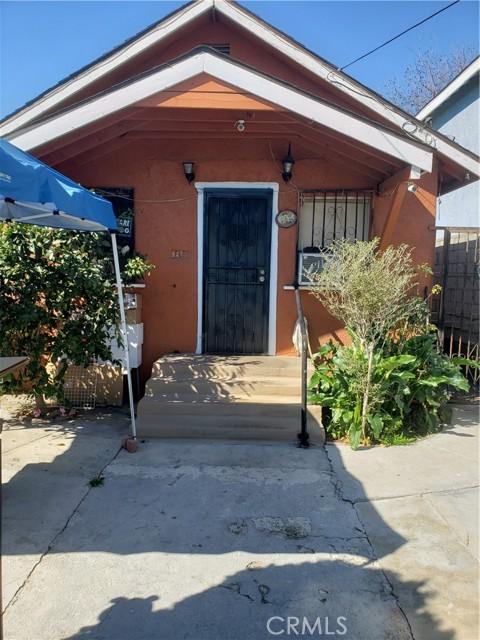 9421 Wilmington Ave, Los Angeles, CA 90002