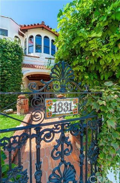 1831 Monterey Boulevard, Hermosa Beach, CA 90254