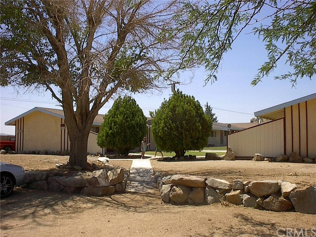 20305 Carlisle Road, Apple Valley, CA 92307