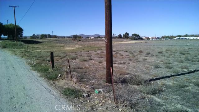 1321 N State Street, Hemet, CA 92543